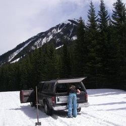 whats a snowmobile ?