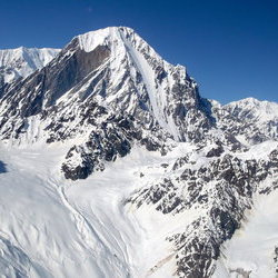 University Peak sits deep within rthe St.Elias Range, ever-ready to educate anyone who's interested.